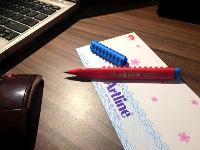 Bút lông kim lắp ráp